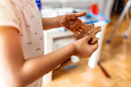 Dyspraxie enfant chocolat